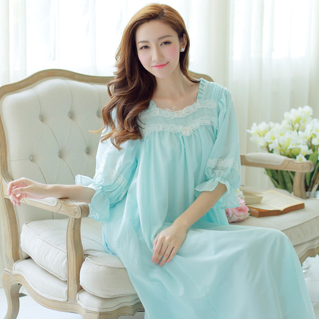 Sleep Lounge Women Sleepwear Chiffon Lace Nightgown Princess Nightdress  Royal Ladies Long Sleep Gown Nightwear roupao feminino 062159a29