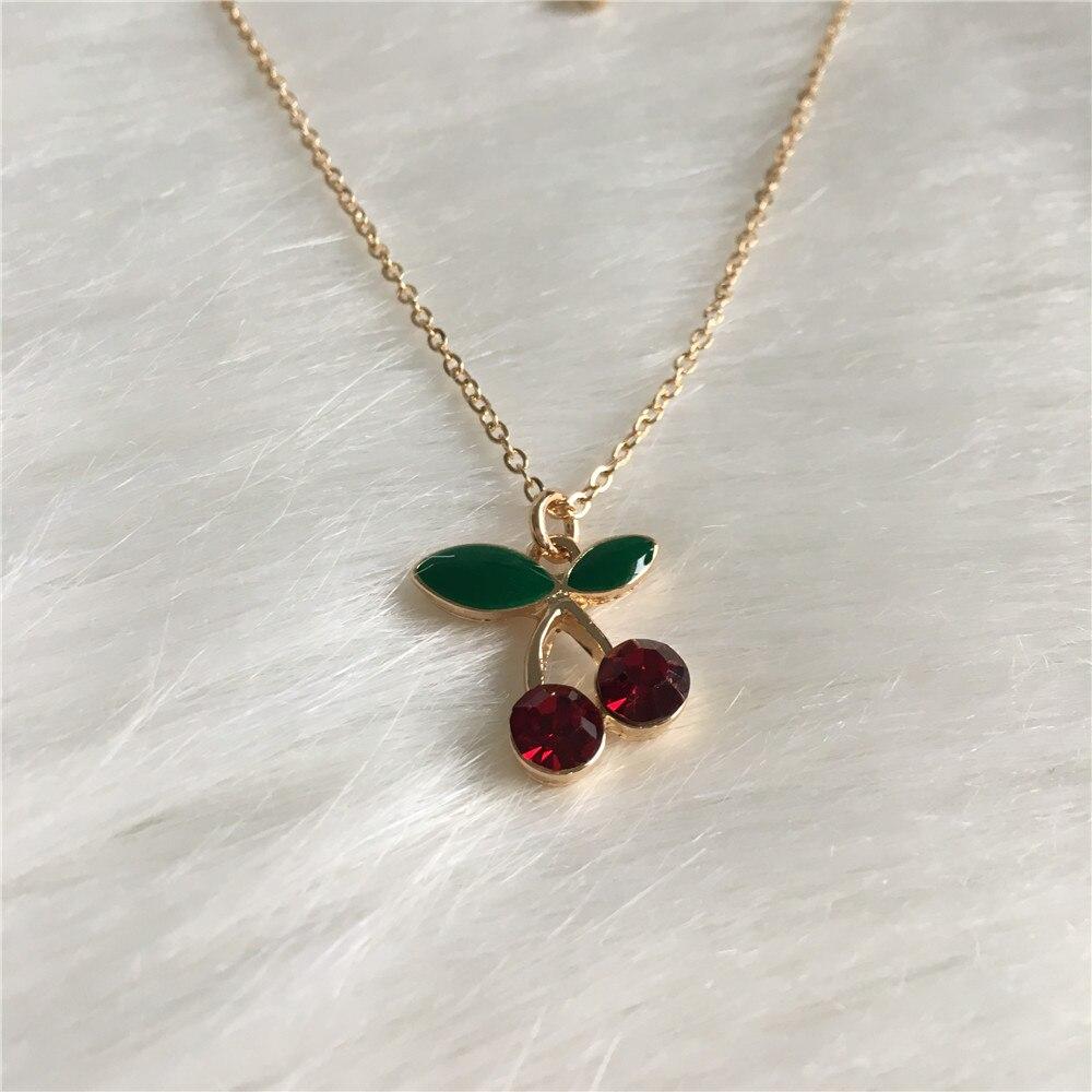 Colar com pingente de cereja esmalte, colar dourado com pedra vermelha doce e esmalte verde, para mulheres e meninas