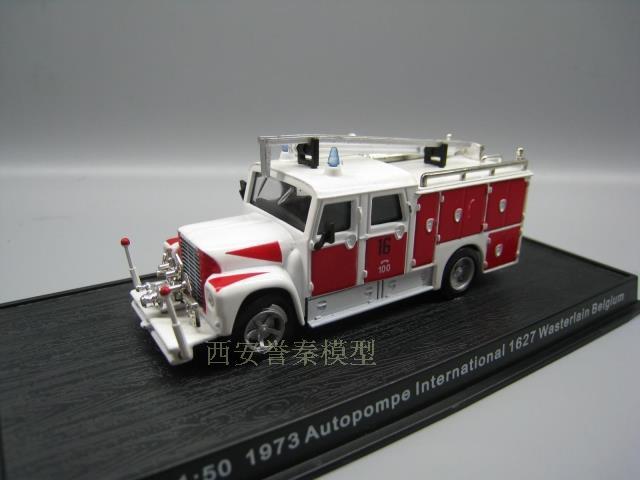 Амер 1/64 Весы 1971 Сигрейв K-тип pumper США огонь Двигатели для автомобиля литья под давлением Металл Модель автомобиля игрушка для подарка/ колле...