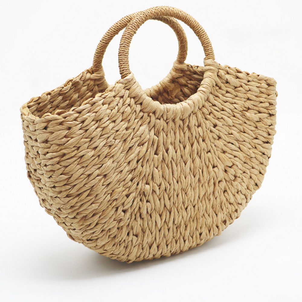 2018 New Women Handbag Semilunar Type Straw Woven Bags Hand Made Black Camel Color Beige Summer Beach Bag Female Wristlets Bags