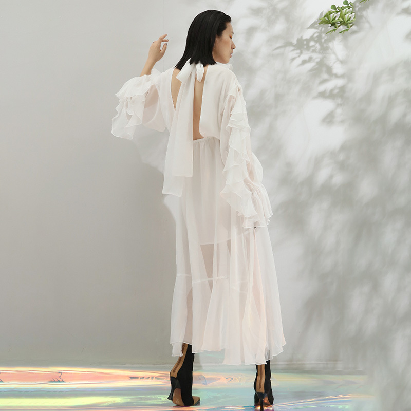 TWOTWINSTYLE falbany asymetryczna Hem sukienki dla kobiet V Neck motyl z długim rękawem Backless Bow Lace Up długa sukienka kobiet 2019 jesień w Suknie od Odzież damska na  Grupa 3