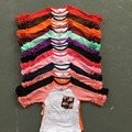 Новый половина бесплатная доставка оборками новорожденных девочек одежда о-образным вырезом девушки случайные топы 13 цвета на складе Осень топ обледенения регланы майка