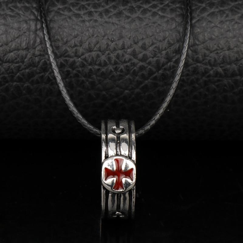 Nathan Drake S Necklace Sic Parvis Magnan Necklace Francis Drake S
