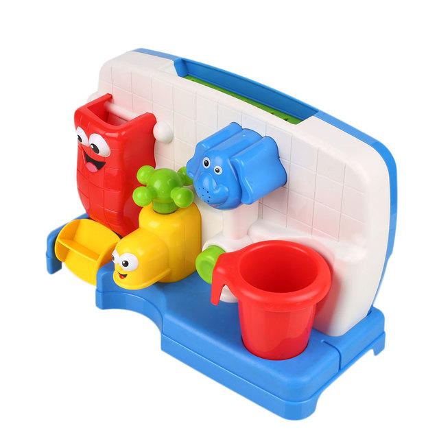 Brinquedos para o banho de Água Torneiras Sustentada Automático Bico Chuveiro Spray Para O Miúdo Do Bebê