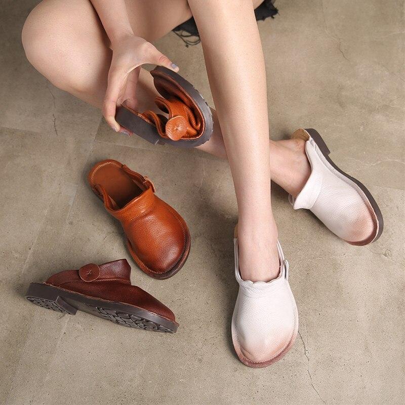 Di Cuoio delle donne Muli 2019 Primavera Scarpe Da Donna Pantofole Bianche Del Cuoio Genuino Tacco Piatto Scarpe Da Donna Softe Fatti A Mano di Fondo Muli-in Pantofole da Scarpe su  Gruppo 1