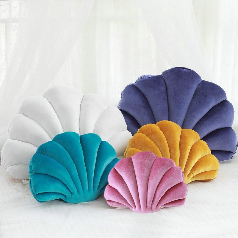 Fairy Princess's Home Luxury Shell Stuffed Pillow Fantastic Velvet Pillow Sea Shell Home Decor Bed Sofa Cushion Decoration Gift