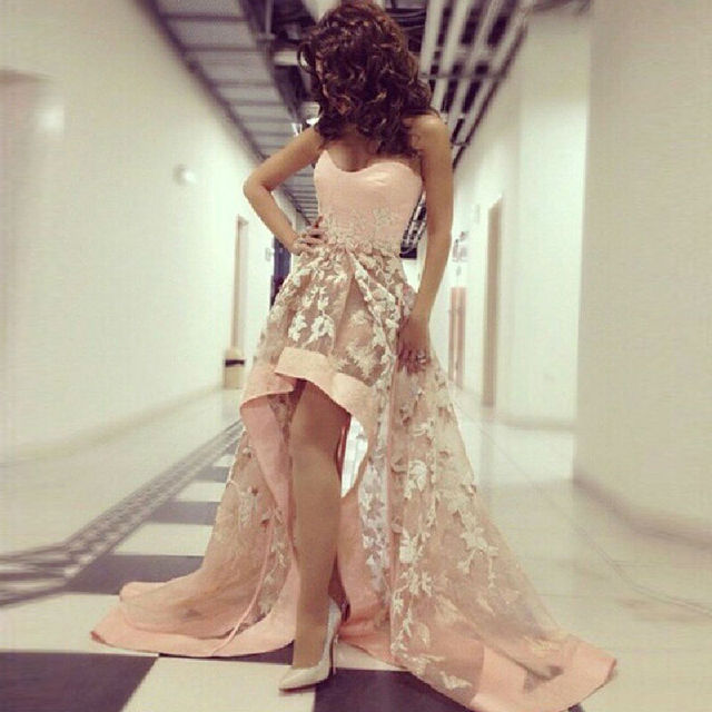 Pink Hi Low Style Prom Dresses 2016 White Applique Celebrity Dress Sexy Sweetheart Off The Shoulder With Long Train Party Gowns