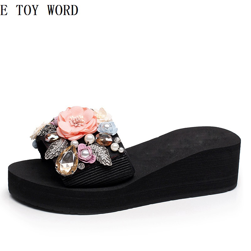 The new manual set auger pearl flower slippers female summer fashion wear thick bottom sandals antiskid beach shoes han edition diamond thick bottom female sandals 2017 new summer peep toe fashion sandals prevent slippery outside wear female