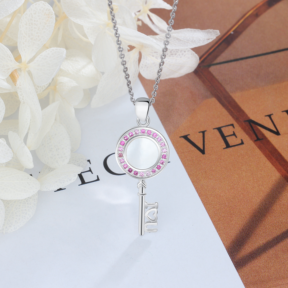 925 Sterling Silver Key Pendant Necklace With Mother Of Pearl Shell /& Zircon S925 Jewelry Romantic Gift For Lovers