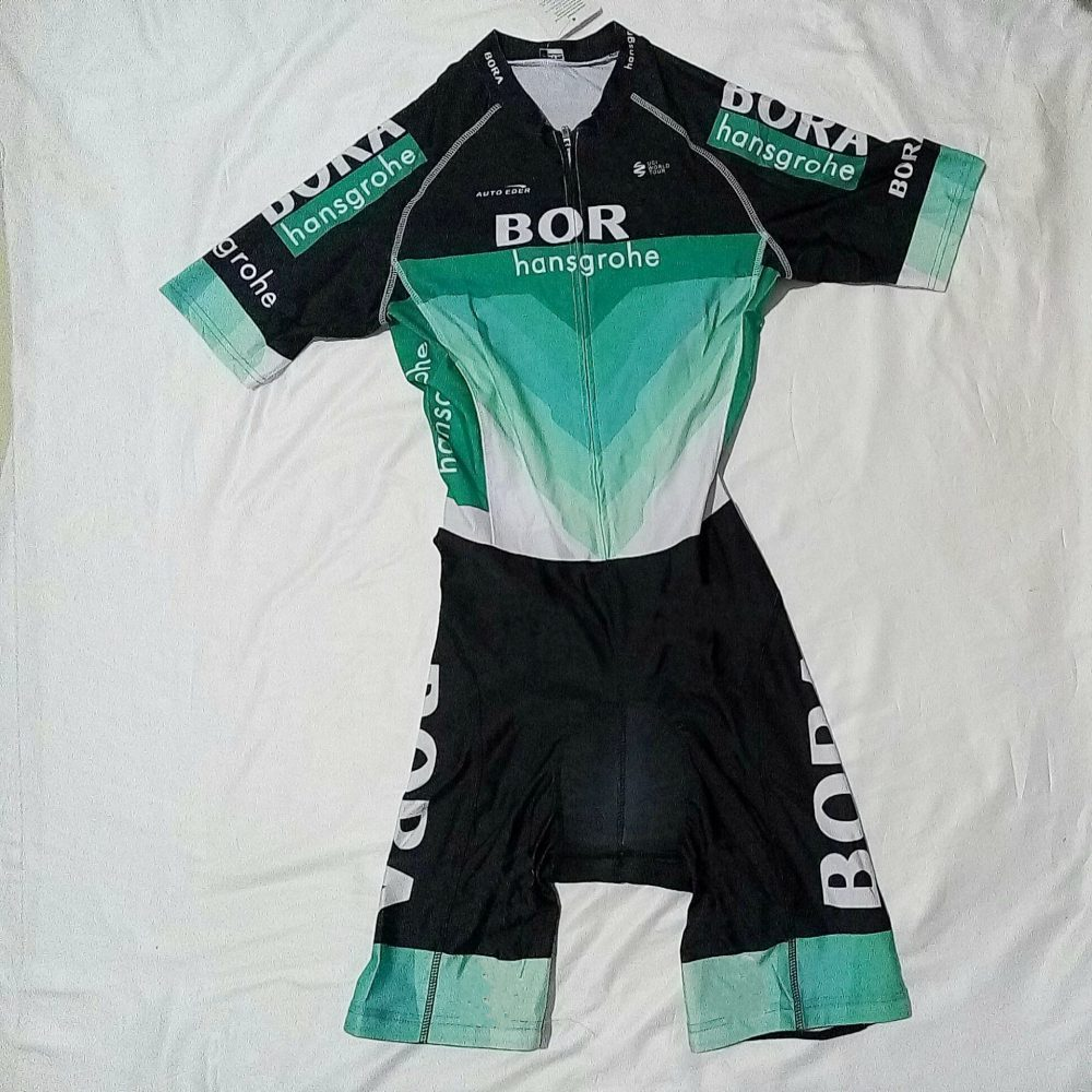 2018 new pro world tour Team Cycling skinsuits bike clothing aero bodysuit MTB Ropa Ciclismo Bicycle maillot jersey speedsuit 2013 g dragon world tour one of a kind the final in seoul world tour [ booklet 3 photocards] release date 2014 2 12 kpop
