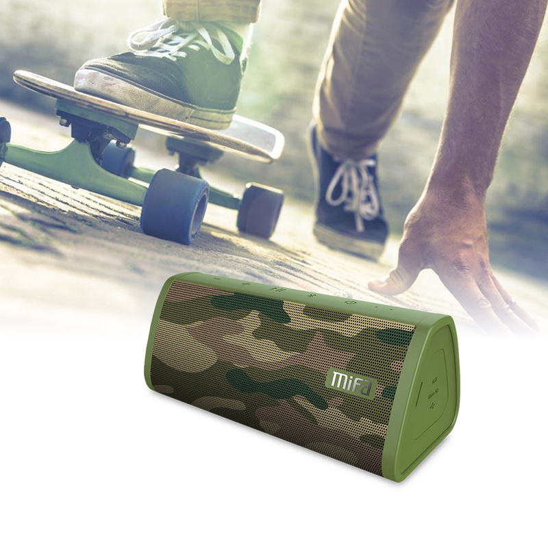 camo  Portable Water Resistant Bluetooth speaker