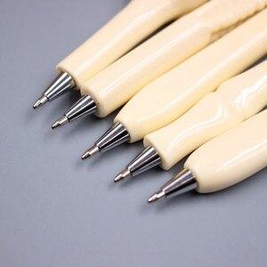 Image 1 - Jonvon satin stylo à bille en forme dos, 50 pièces, vente en gros, fournitures décriture, cadeaux, papeterie scolaire et de bureau, recharge bleue