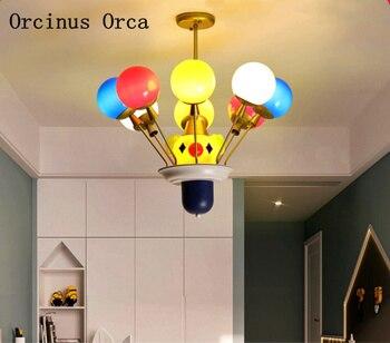 การ์ตูน creative clown โคมไฟระย้าห้องนอนเด็กโคมไฟโมเดิร์น LED บอลลูนสีโคมระย้า