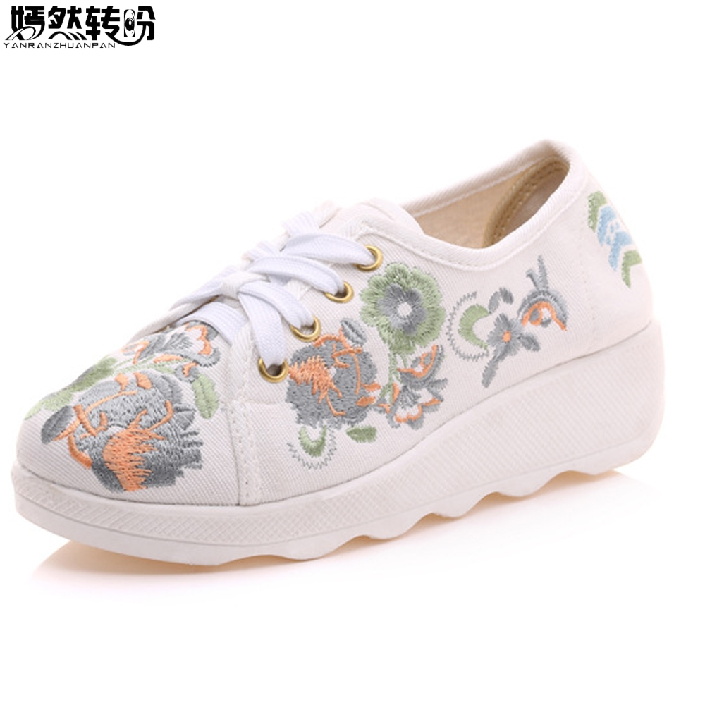 Vintage Women Flats Canvas Flower Embroidery Lace Up Woman Casual Cotton Cloth Platforms Comfortable Shoes Sapato Feminino vintage flats shoes women casual cotton peacock embroidered cloth flat ankle buckles ladies canvas platforms zapatos mujer