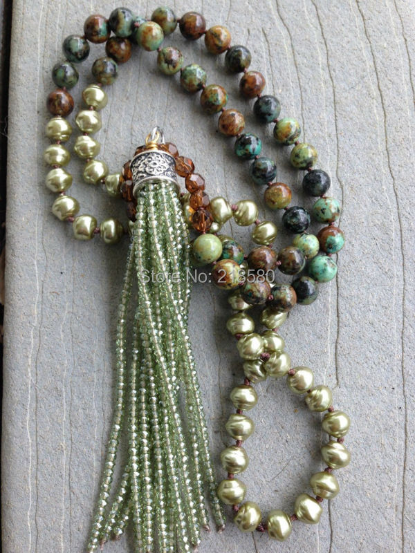 N16052001 Boho chic Knot Pearls Bbeads and African Howlite Beads Necklace with Green Seed Beads Necklace