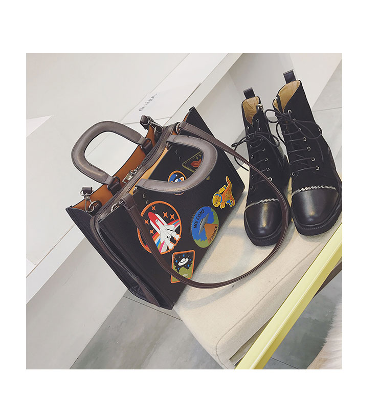 Women Rocket Space Tote Bag Pu Leather Handbag 2018 Autumn And Winter Black Blue Badge Lady Hand Bag Casual Single Shoulder Bag 18