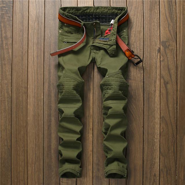 2017 NUEVOS Hombres de Pantalones Vaqueros Del Remiendo Pantalones Ejército Verde Slim Fit Straight moto del motorista denim classic para hombre slim fit plisado pantalones de jean