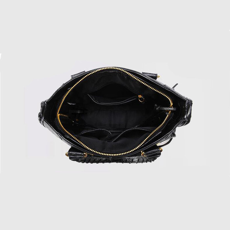 High Designer PU Leather European Style Luxury Motorcycle Bag for Women 2018 Style Chic Tassel Handbag Beautiful Crossbody Bags in Top Handle Bags from Luggage Bags
