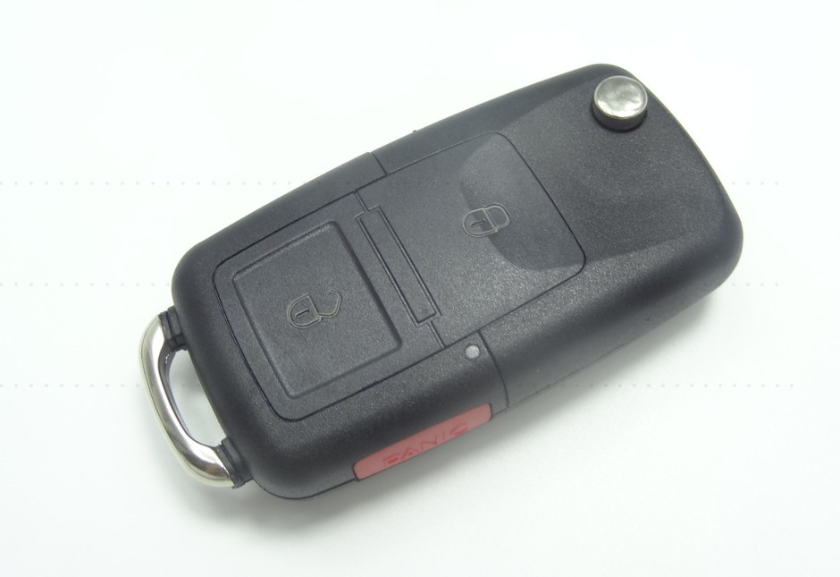 AUTEWODE 2+1 Butoons Remote Key Case Shell housing for Volkswagen Jetta Golf Passat Beetle Polo Bora key with red panic Button