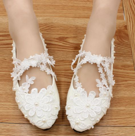 ФОТО Brilliant white lace wedding shoes for woman TG458 flat heel or custom make your own heel womens belt wedding shoes on sales