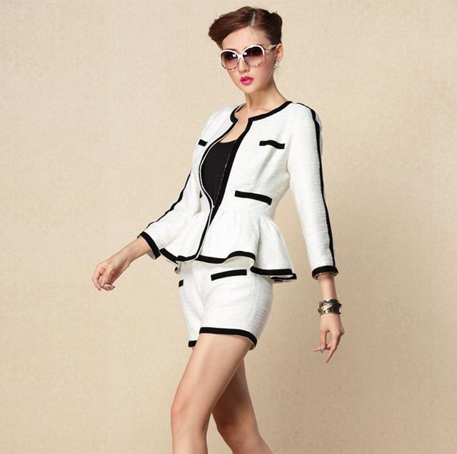 High-end Preto Branco Patchwork Ternos das Mulheres Plissado Decoração Blazer e Calça Curta Ternos Traje para As Mulheres Outono/inverno 2016
