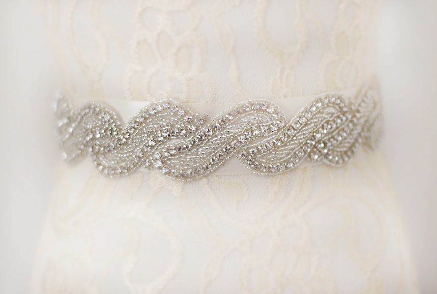 2016Hot Selling Handmade Bridal Sash Beautiful Luxurious Crystal Rhinestone Pearl Czech Stones Wedding Dress Belt