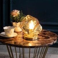 Nordic Творческий Стекло настольные лампы для Спальня ночники современный Медь настольная подставка светильники исследование чтения Home Decor