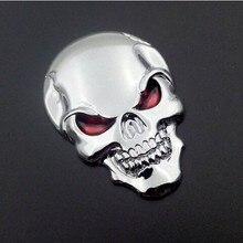 Sıcak satış oto araba motosiklet kafatası kemik Sticker krom gümüş 3D Metal amblem rozeti araba çıkartma 3M bant ile geri 50x35MM