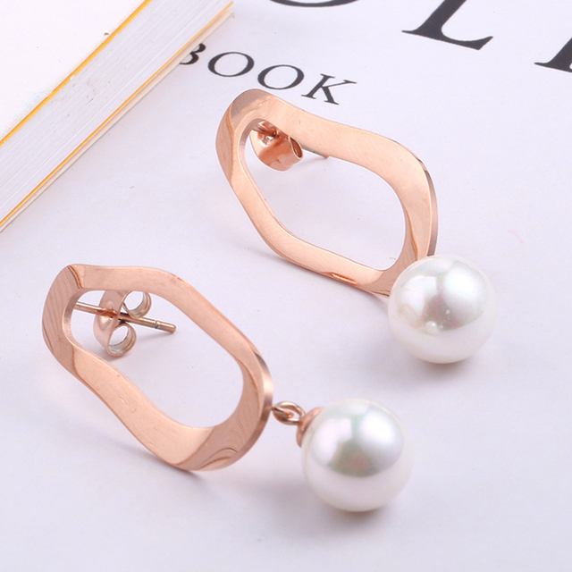 Rose Gold Korean Earrings for Women High Quality Stainless Steel Pearl Earrings Female Fashion Jewelry