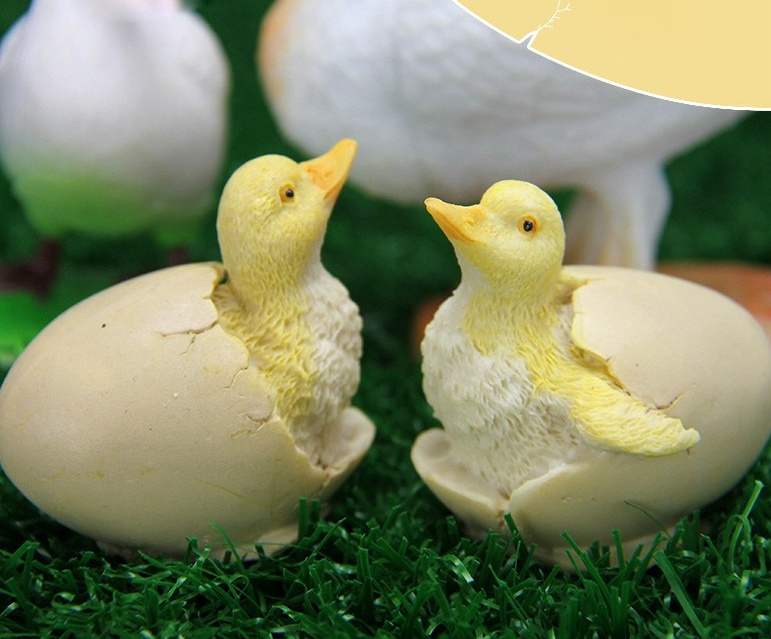 The new 2017 small duck soap mold small yellow duck small duck hatched cake decoration silicone mold silicone mold baby duck