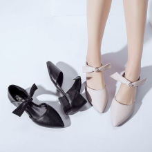 2019 spring and summer new simple bow pointed shallow mouth flat shoes wild low heel thick with single shoes female models. 2017 spring and summer japanned leather thick heel high heeled shoes bow ol formal work shoes female black with the single shoes