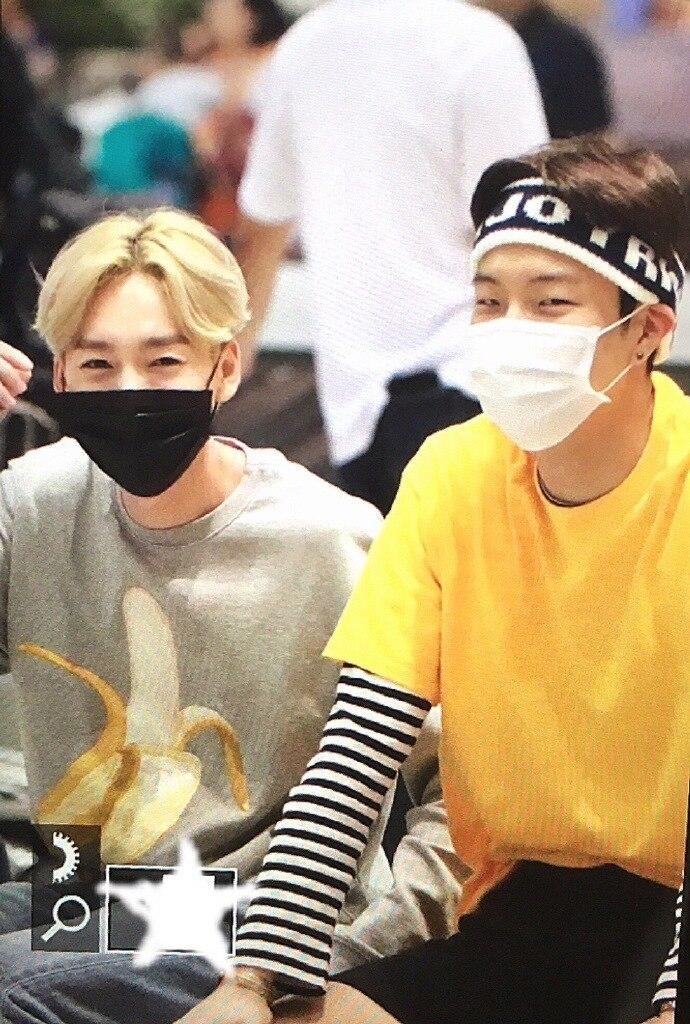 K-pop Exo Clothes Zhang Yexing Winner Jin Qin Yu Nanta-hyun The Same Loose Men And Women Kpop Sweatshirts Buy One Get One Free Women's Clothing