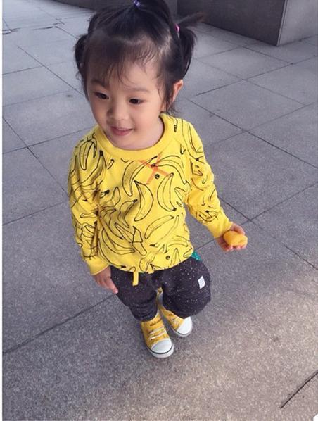 Ins * new arrival 2015 unisex bebê crianças de banana padrão velo sweatershirts crianças outono grosso hoodies da menina do menino frete grátis
