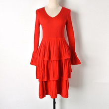 2019 Early Spring New Ladies V-neck Solid Color Sleeves High Waist Knit Cake Dress Ladies Fashion Knit Sleeve surplice high waist knit dress