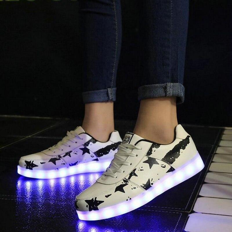 1237849678 ... Sapatos sneakers estrelas VERMELHAS 7 Cores sapatos luminosos LED  brilho sapato homens recarregável USB luz sapatos DD 86 em Calçados Casuais  Dos Homens ...