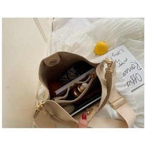 Image 5 - Ansloth Patchwork Shoulder Bag Women Crocodile Design Bucket Bag Ladies PU Leather Crossbody Bag Female Solid Color Bag HPS586