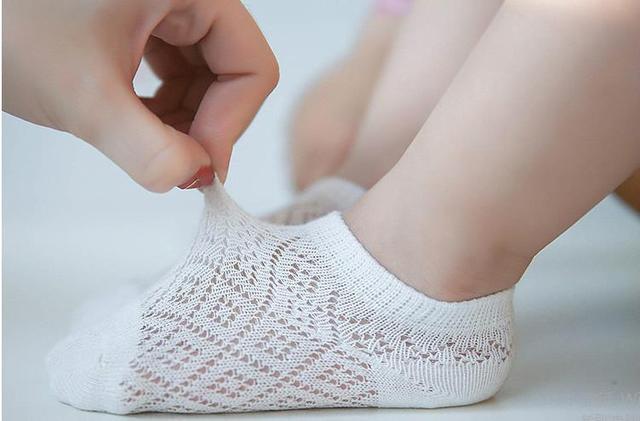 Calcetines de bebé 95% algodón set PRIMAVERA/otoño verano recién nacido Infante piso para niños pequeños mezcla de colores sin hueso para 0-3y promovido
