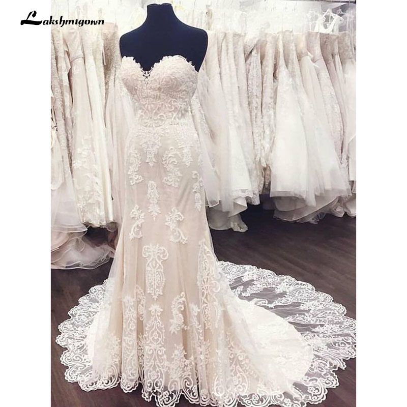 Elegant White Sweetheart Lace A Line Weeding Dresses Appliqued Court Train Bridal Dresses Robe De Mariage