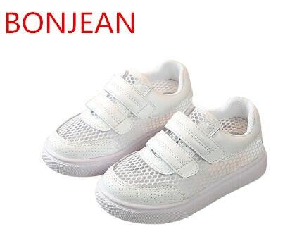 Primavera de 2018 de los niños de verano nueva versión coreana zapatos respiraba niños y niñas directo suave Fondo Zapatos niños zapatos R22