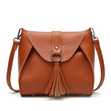 купить Small Shoulder Bag for Women Messenger Bags Ladies Retro PU Leather Handbag Purse with Tassels Female Crossbody Bag дешево