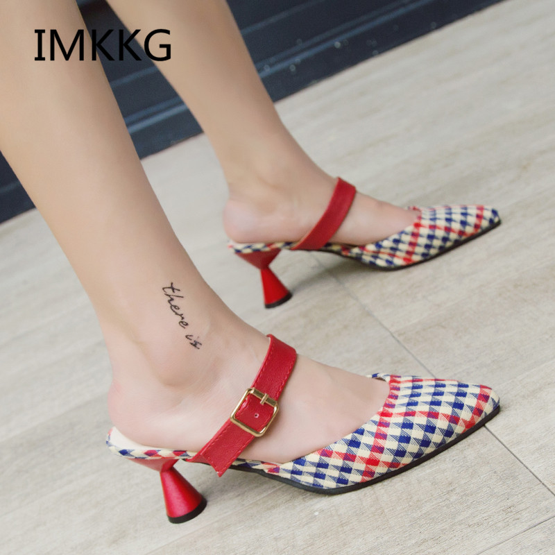 HTB12yeAfYZnBKNjSZFhq6A.oXXaz Summer Women Sandals platform heel Leather hook loop metal Soft comfortable Wedge shoes ladies casual sandals V284
