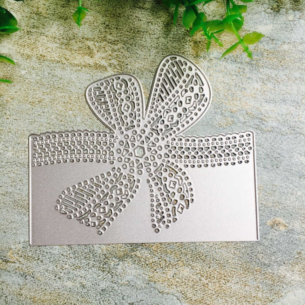 Lace Corner Carbon Steel Craft Metal Embossing Cutting Dies Stencil DIY Scrapbooking Craft Cut Album Cards Dies 10.4X12.5CM