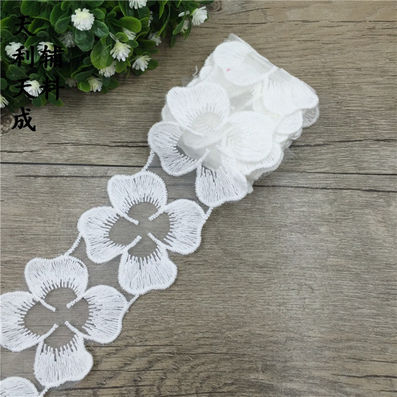 10 Yards Daisy Flower Trapezoidal Cloth With Cotton Smbroidery Lace 5CM Lace Headwear Accessories Decal in Lace Fabrics from Apparel Accessories