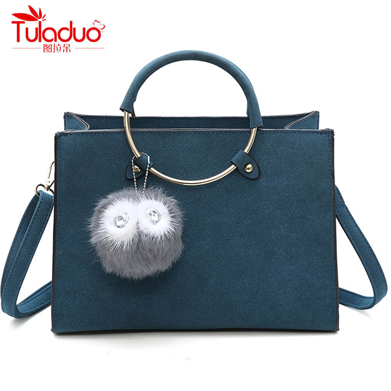 Fashion Fur Ball Women Handbags High Quality PU Leather Ladies Tote Bag Famous Brand Women Crossbody Bags Scrub Messenger Bags women fur handbags 2018 high quality printing women bags women pu leather shoulder messenger bags sweet tote bag bolsa lb340