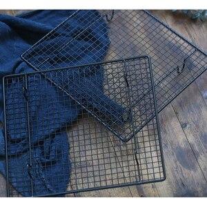 Image 5 - Marco de hierro para hornear, rejilla negra de 23x26cm, soporte para hornear pasteles, para alimentos, pan, estudio de fotografía, accesorios para fotos
