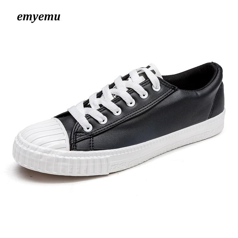 Nouvelle marque unisexe hommes chaussures en toile de Style bas chaussures décontractées classiques chaussure vulcanisée noir et blanc toutes les tailles 39-44