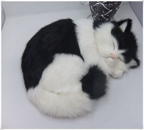 new simulation sleeping cat polytene fur black and white cat home furnishing gift 25x21cm