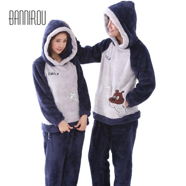 45598d0ad Inverno Conjunto de Pijama Casal Combinando Com Capuz de Pelúcia Dos  Desenhos Animados Da Moda Cura