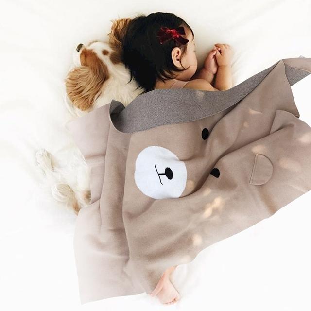 Nórdico Manta Pañales Del Bebé Oso de Dibujos Animados Patrón de Punto Bebé Inbakeren Carro de Aire Acondicionado Mantas de Bebé Recién Nacido ropa de Cama