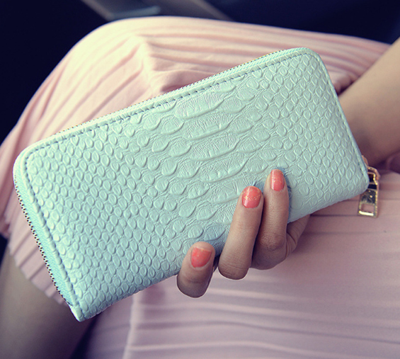 New Elegant Minimalist Crocodile Pattern Long Lady Purse Exquisite Female Wallet Casual Portable Practical Student Wallet C734